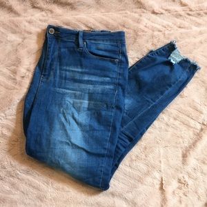 YMI high rise frayed ankle jeans // size 16